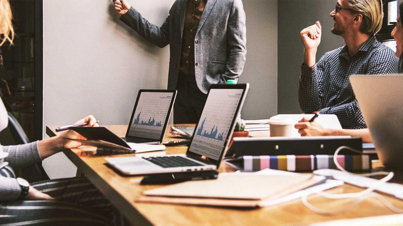 Wat doet een salesmanager?